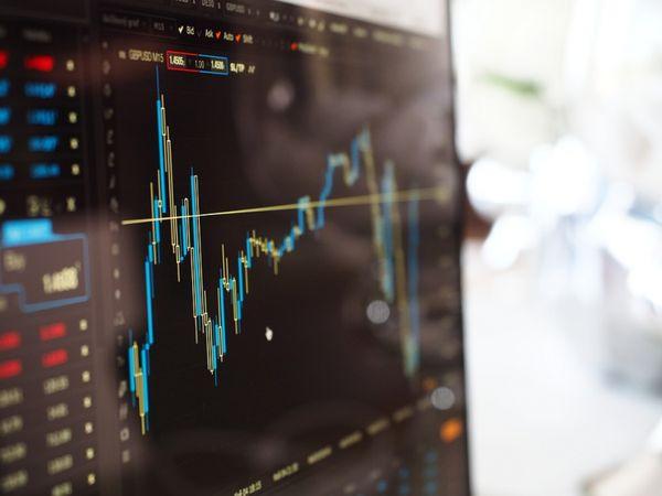 Мировые фондовые рынки разнонаправленно завершили вчерашний день