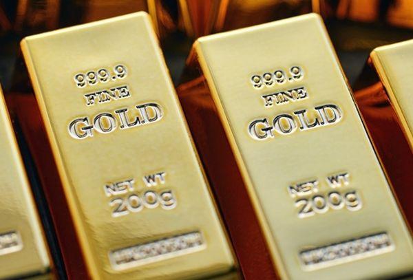 Золото на международных рынках активно скупается Россией
