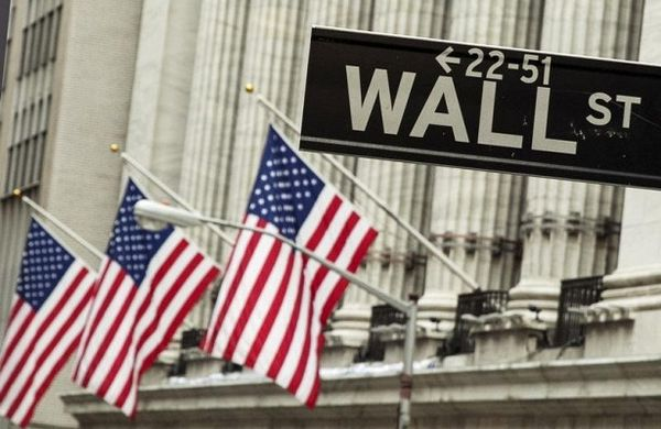 Фондовый рынок США демонстрирует стойкость