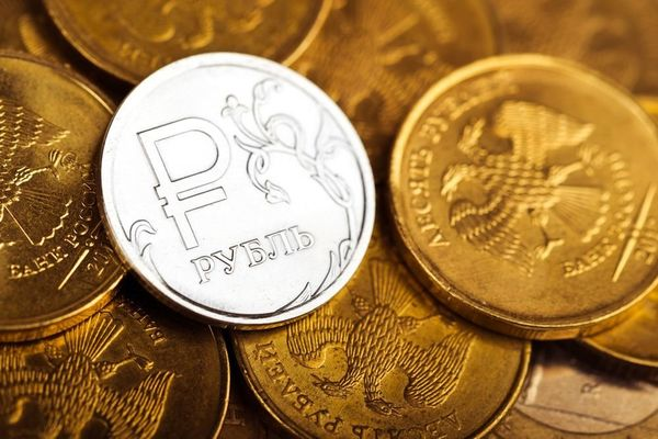 Курс рубля: По итогам года рост составил 7.25% против доллара