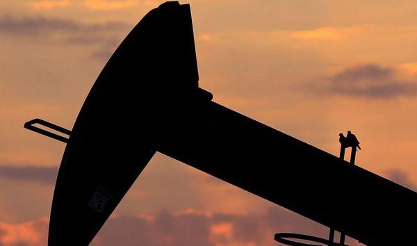 Курс нефти Brent тестирует отметку 65.5 долларов помогая рублю