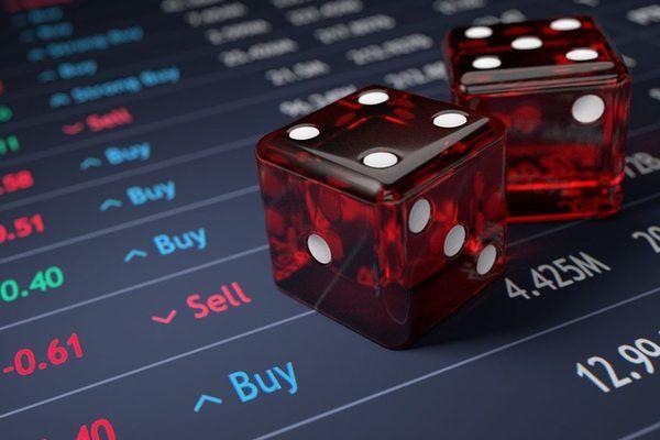 Мир выбирает между финансовым кризисом и войной?