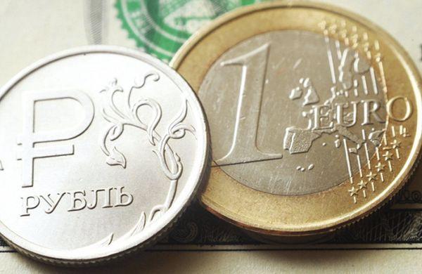 Рубль устойчиво перенес нефтяной шторм